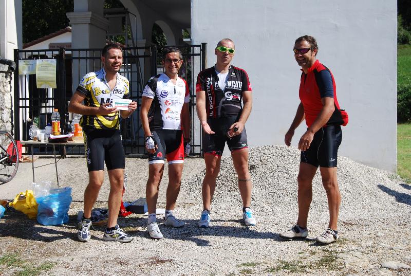 http://www.trofeospiller.com/wp-content/gallery/2015-foto-giorgio-venturini/dsc_3915.jpg